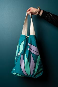 "Canvas Seasack bag 20.87""(h) x 11.81""(w) inches"